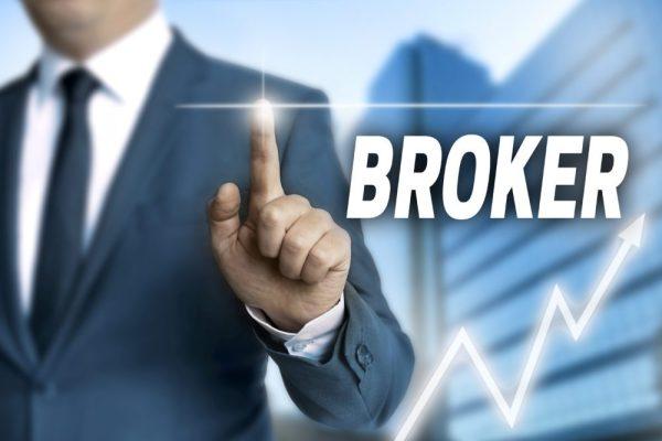 Tips Memilih Broker Saham Terbaik