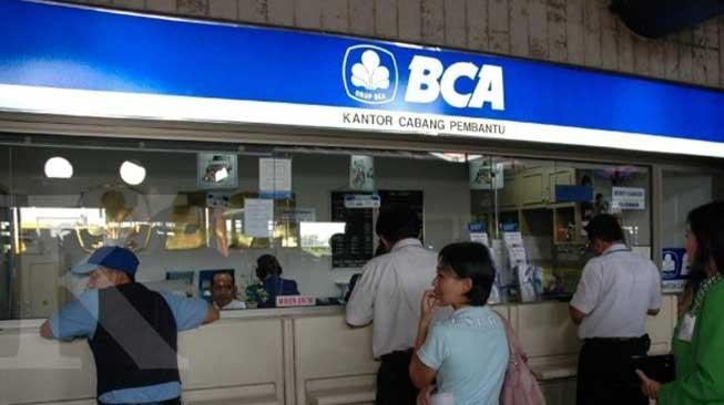 Mendatangi Kantor BCA Sekuritas